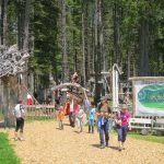 Der Eingang zum Kugelwald