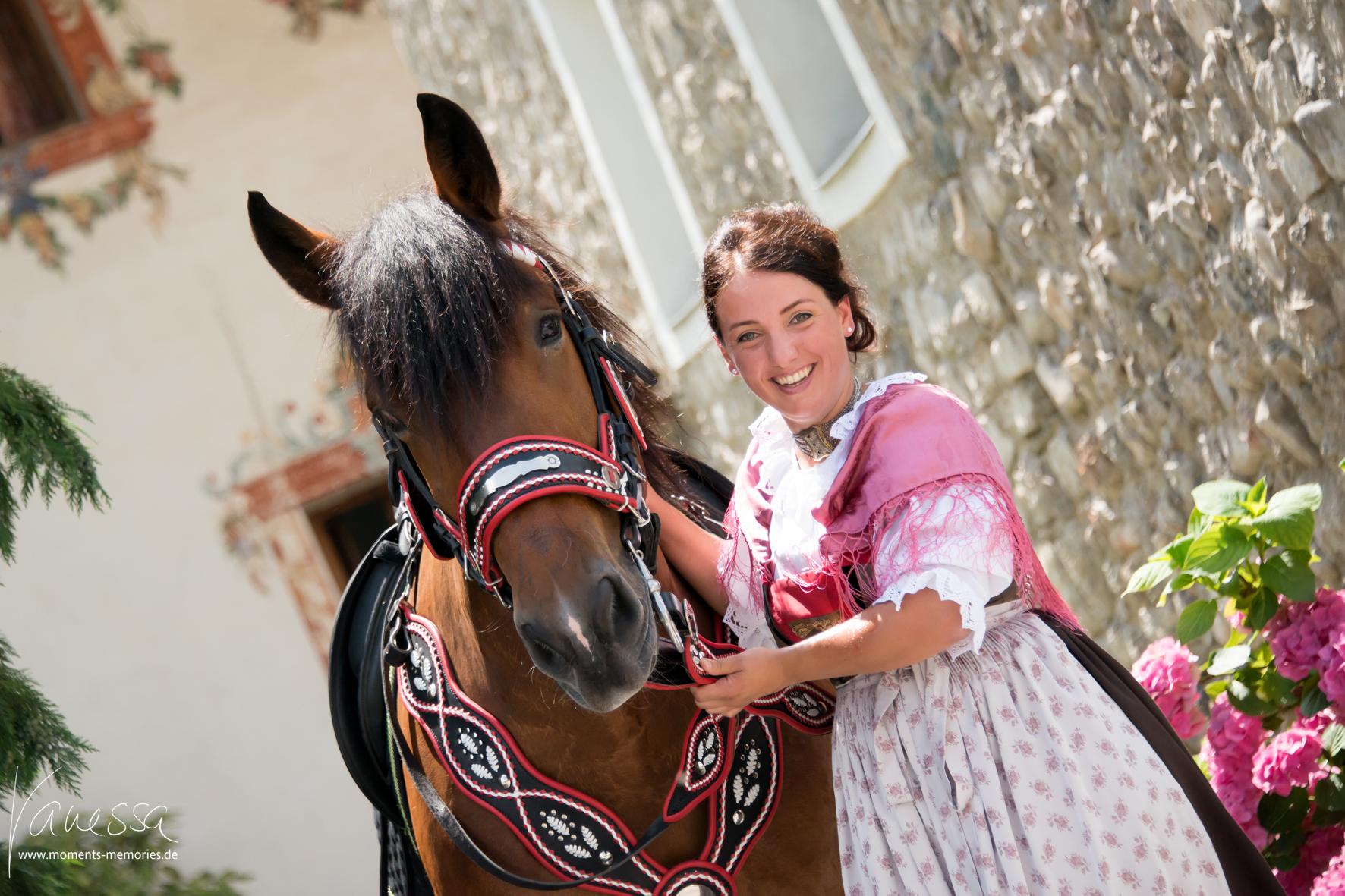 Autumn horse show in Mils