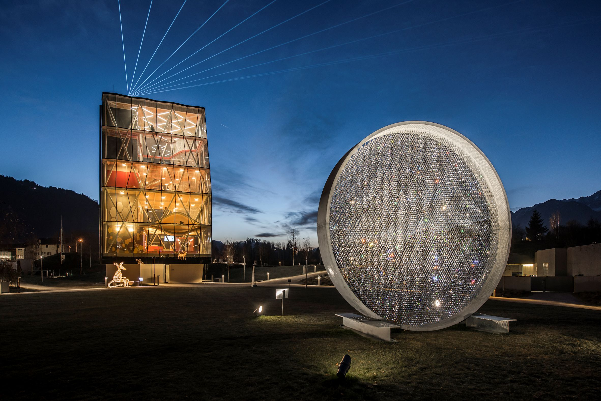 Einzigartiges Swarovski-Lichtfestival lässt die dunkle Jahreszeit erstrahlen